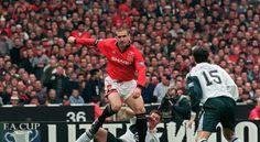 Les pires « bad boys » du sport mondial : Éric Cantona