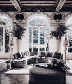 Spanish style homes – Mediterranean Home Decor Interior Design Tips, Interior Decorating, Design Ideas, Home Living Room, Living Room Decor, Art Deco, Spanish Style Homes, Mediterranean Home Decor, Home Decor Inspiration