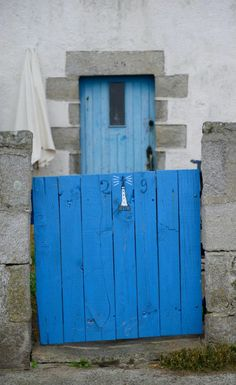 so Breton, wooden painted door with granite frame - missing home already