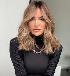 Brown Hair Balayage, Brown Blonde Hair, Hair Color Balayage, Medium Blonde Hair Color, Blonde Hair To Brunette, Blond Hair Colors, Blondish Brown Hair, Beige Hair Color, Beach Blonde Hair