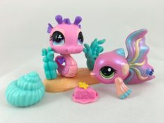 Littlest Pet Shop Pair of Pink Pets Seahorse #705 Guppy Fish #1814 w/Accessories #Hasbro