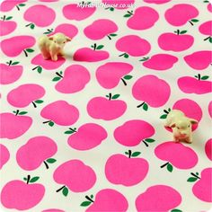 NEW | Fruit ♥ 51x46cm Bright Pink Apples Cotton Fat Quarter Fabric