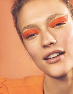 09. Title| A Happy Style (image 3)  Section| BEAUTY  Source|Vogue-Japan-June-2017-Beauty-by-Emma-Tempest-04-Sophia-Ahrens – VISUALIZING.FASHION