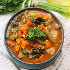 Too often is soup overlooked for its equally delicious counterpart, soup! Bring on the healthful goodness with this delicious & hearty Detox Vegetable Soup!