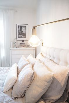 Char and the city - Bedroom - bed and headboard: Trademax - bedside lamps: House… City Bedroom, Bedroom Bed, Bedroom Inspo, Bedroom Inspiration, Living Room Bedroom, Interior Inspiration, Master Bedroom, Bedroom Decor, Guest Room Office