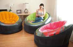 Erhalten Sie Einen Sprung Auf Der Aufblasbaren Couch Tendenz Für Einen  Fantastischen Sommer