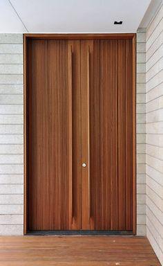 Pin By Amanda Palu On Doors Door Design Entrance Doors Wooden Doors Modern Front Door, Wooden Front Doors, Timber Door, The Doors, Entrance Doors, Windows And Doors, Modern Entrance Door, Sliding Doors, Modern Wooden Doors