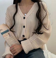 clothes fashion kfashion korean fashion style street style cute kawaii soft pastel aesthetic outfit inspiration elegant skinny fashionable spring autumn winter cozy comfy clothing r o s i e Korean Outfits, Mode Outfits, Grunge Outfits, Girl Outfits, Fashion Outfits, Modest Fashion, Style Fashion, Korean Fashion Casual, Grunge Fashion