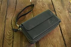 Check out this item in my Etsy shop https://www.etsy.com/ru/listing/515789016/black-leather-clutch-black-clutch