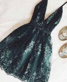 HEIDI v neck short dress – UKcloth