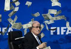 Ekpo Esito Blog: Prankster interrupts Sepp Blatter's Fifa press con...