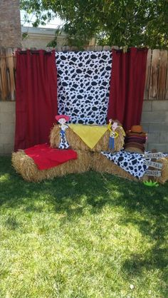 Our Toy Story photo booth Woody Birthday Parties, Woody Party, 2 Birthday, Cowboy Birthday Party, Cowgirl Party, Toy Story Birthday, Birthday Party Themes, Birthday Stuff, Pirate Party