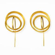 Ohrschmuck – Galerie Isabella Hund, Schmuck gallery for contemporary jewellery - Kathrin Sättele, Gold