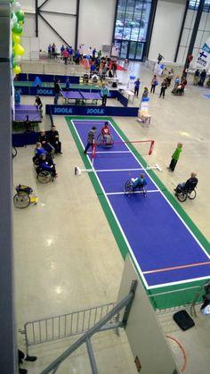 Sportevents mit mobilen Bergo Böden für Rollstuhl-Volleyball