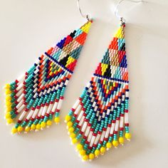Colorful fringe earrings #beadstitch #earrings #colorful