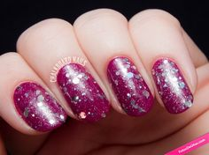 Uñas purpura y detalles plata. #Nails #Silver #NailsArt #Manicura