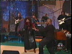 Angie Stone - I Wish I Didn't Miss You Anymore - great support guy making lovely sound affects