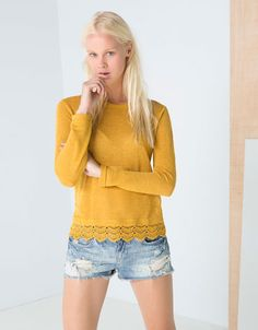 Bershka España - Camiseta BSK crochet en bajo