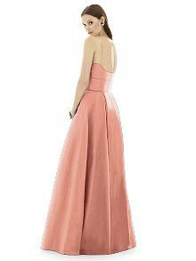 Alfred Sung Style D733 http://www.dessy.com/dresses/bridesmaid/alfred-sung-style-d733/