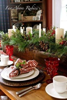 Beautiful centerpiece for large table and room