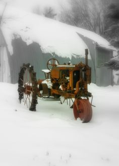When I was very young Grandpa still farmed with horses, then did get a tractor, Allis Chalmers