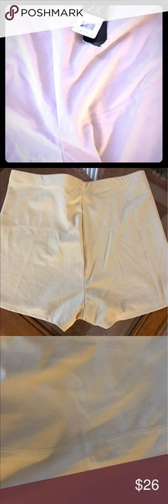 NWT slimming shorts style compression panty NWT off white size XXL Intimates & Sleepwear Shapewear