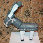 Мобильный LiveInternet Чудесный ослик на дачу своими руками!   ИНТЕРЕСНЫЙ_БЛОГ_ЛесякаРу - ИНТЕРЕСНЫЙ БЛОГ Лесяка.Ру   Recycled Bottles, Plastic Bottles, Plastic Planter, Bottle Garden, Bottle Art, Hunter Boots, Wall Design, Rubber Rain Boots, Recycling