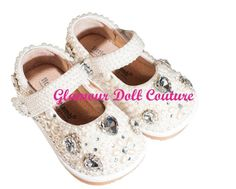 Baby Nora ❤ Glamour Dolls, Baby Shoes, Couture, Clothes, Fashion, Outfits, Moda, High Fashion, Sewing