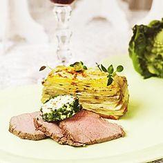 Helstekt oxfilé med baconsmör och potatiskaka