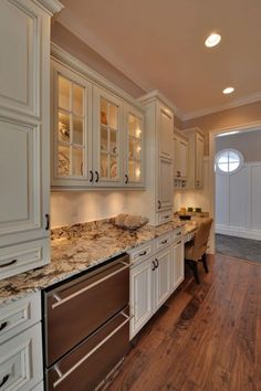 Supreme Kitchen Remodeling Choosing Your New Kitchen Countertops Ideas. Mind Blowing Kitchen Remodeling Choosing Your New Kitchen Countertops Ideas. Cream Kitchen Cabinets, Kitchen Cabinets For Sale, Kitchen Desks, Kitchen Redo, Kitchen Countertops, New Kitchen, Kitchen White, White Cabinets, Tan Kitchen Walls