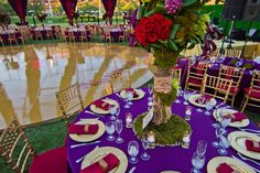 the table setting and colors :)