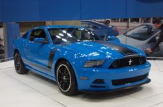 blue | 2013 Mustang Boss 302 debuts in Grabber Blue | Mustangs Daily