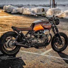 Moto Guzzi Brother … – About Cafe Racers Guzzi Bobber, Moto Guzzi V50, Guzzi V9, Moto Guzzi Motorcycles, Concept Motorcycles, Scrambler, Vintage Cafe Racer, Cafe Racer Bikes, Cafe Racer Motorcycle