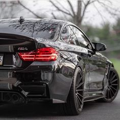 "8,619 Likes, 40 Comments - The #1 BMWM SOCIAL PAGE (@bmwm_lovers) on Instagram: ""Dark Knight's M4. FOLLOW my bro ➡️ @bmwm_insta [ Owner: @darkknightm4 ] #BMWM_LOVERS #m4 #f82…"""