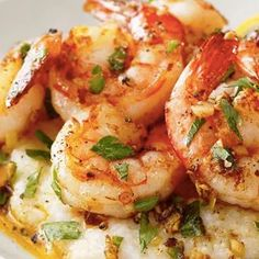 The Easy Lemon Garlic Shrimp & Grits Recipe That Stands Above The Rest