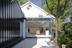 Casas modernas por NRAP Architects