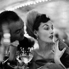 Richard Avedon Elise Daniels Elise Daniels Turban by Paulette, Pre-Catelan, Paris, August 1948