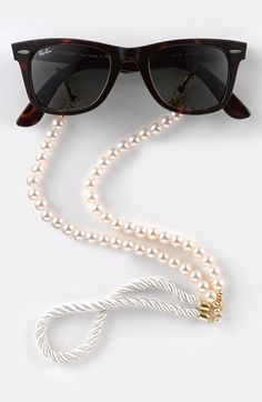 Corinne McCormack 'Pearls' Eyewear Chain (Nordstrom Exclusive) | Nordstrom @Susan Seeman you need these