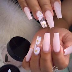 In look for some nail designs and ideas for your nails? Here's our list of must-try coffin acrylic nails for trendy women. Summer Acrylic Nails, Best Acrylic Nails, Baby Pink Nails Acrylic, Summer Nails, Perfect Nails, Gorgeous Nails, Pretty Nails, Aycrlic Nails, Coffin Nails