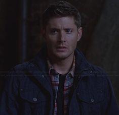 Dean's navy blue utility jacket on Supernatural.  Outfit Details: http://wornontv.net/25512/ #Supernatural