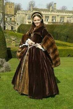 Tudor gown by Sarah Morris