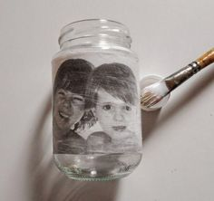 The Most Helpful Arts And Crafts Advice Canvas Photo Transfer, Foto Transfer, Glass Transfer, Arts And Crafts Projects, Arts And Crafts Supplies, Fun Crafts, Diy And Crafts, Mason Jar Crafts, Mason Jars