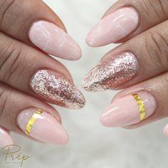 #holidaynails #nailsgel #biogel #lavalnails #nailstech #ongles #posedongles #gel #vernisgel #vernis #color #onglesengel #nailstoinspire #dippowdernails #dippowder #quartznails #shinebrightlikeadiamond #nailsart #mynails #longnails #blackandwhite #black #white #blacknails #nailseffect #hand #marbleeffect
