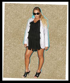 Beyonce - Flashback to an MJ+Prince party, crystals and ruffles. May 2017 Beyonce Show, Beyonce Style, Aaron Carter, Mrs Carter, Beyonce Instagram, Prince Party, Beyonce Knowles Carter, Online Photo Gallery