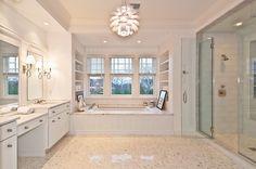 banheiro branco arabesco
