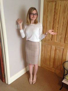Pencil skirt pussy