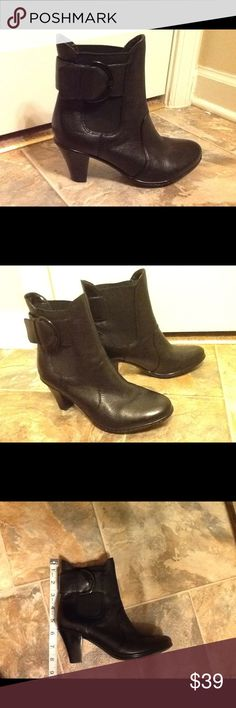 Clarks Bendables Ankle Boots Clarks black ankle boots with buckle. Size 5M. Clarks Shoes Ankle Boots & Booties