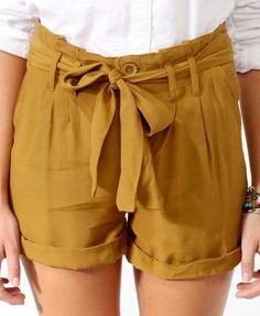 High-Rise Paperbag Waist Shorts   FOREVER21 - 2000044085