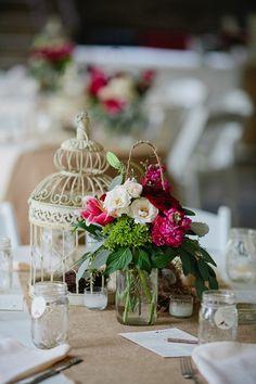 Red and White Wedding Centerpiece Ideas