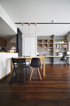 造作壁面収納|HouseNote(ハウスノート) Condo Living, Home And Living, Furniture Inspiration, Interior Inspiration, Room Interior Design, Interior Decorating, Asian House, Apartment Makeover, Home Renovation